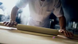 青野楓 丸亀製麺 「ここのうどんは、生きている。」篇0005
