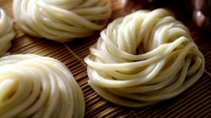 青野楓 丸亀製麺 「ここのうどんは、生きている。」篇0013