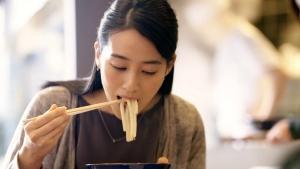 青野楓 丸亀製麺 「ここのうどんは、生きている。」篇0017