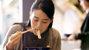 青野楓 丸亀製麺 「ここのうどんは、生きている。」篇0018