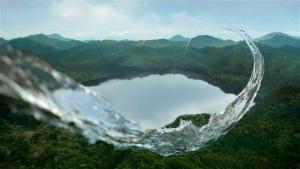 萬波ユカ / い・ろ・は・す 「い・ろ・は・す 水源からの水柱」篇0006