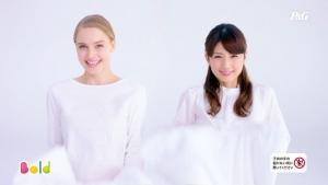 小倉優子&ケイリンルッソ ボールド「キモチアガるお洗濯」篇0018