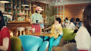 谷本琳音オセロニア「カフェでの待ち時間」篇0016