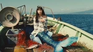 吉岡里帆CM Y!mobile「新人魚姫」篇0002
