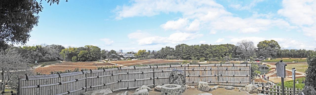 20190220 後楽園今日の唯心山頂上南側から眺めた園内ワイド風景 (1)