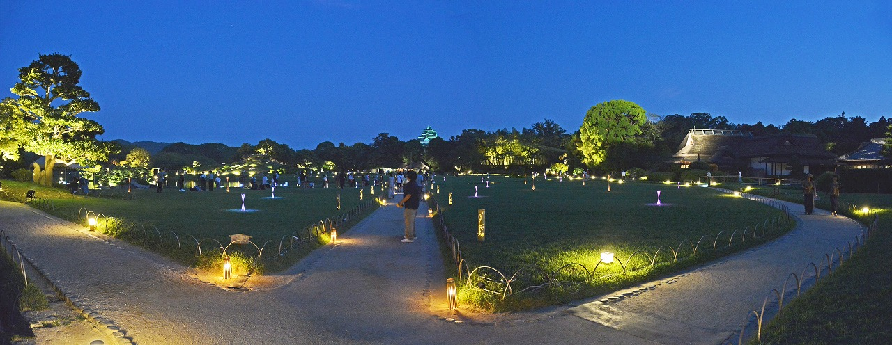 20190801 令和元年後楽園夏の幻想庭園の初日のワイド風景 (1)