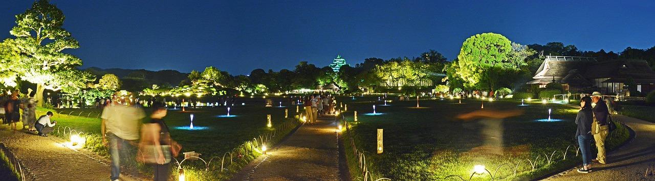 20190817 夏の後楽園幻想庭園入口石橋上から眺めた園内ワイド風景 (1)