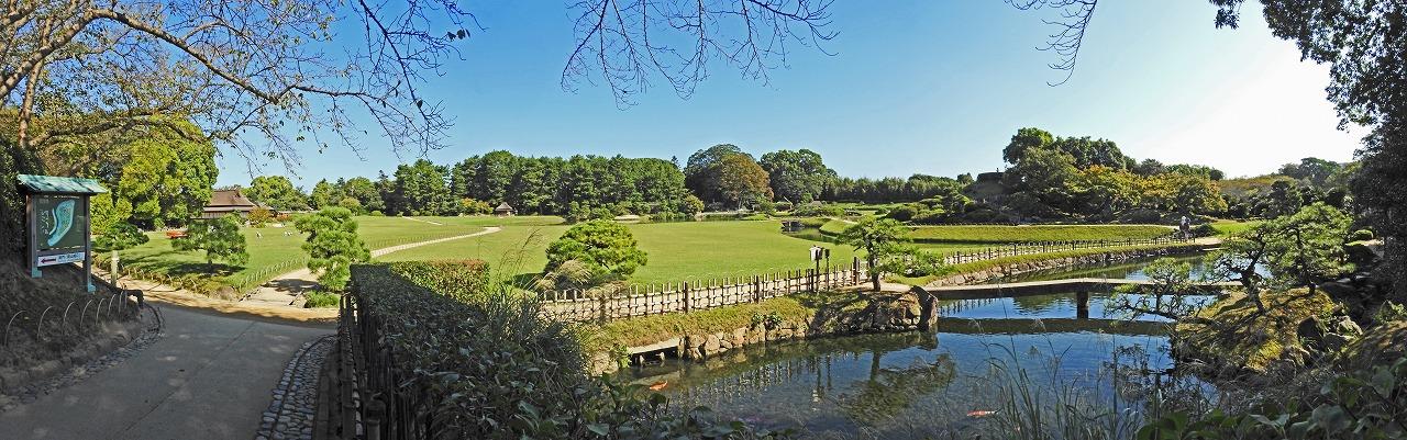 20191009 後楽園今日の南門を入って直ぐの場所から眺めた園内ワイド風景 (1)