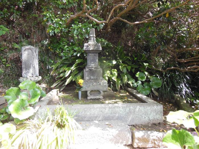 北条政子・墓