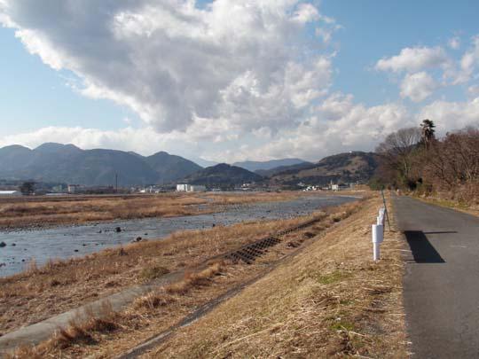 https://blog-001.west.edge.storage-yahoo.jp/res/blog-fe-4e/bazu55555/folder/109946/19/32998419/img_1_m?1485773327