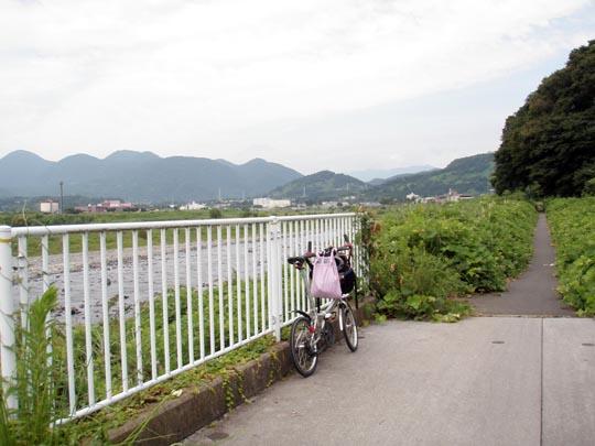 https://blog-001.west.edge.storage-yahoo.jp/res/blog-fe-4e/bazu55555/folder/109946/60/33241860/img_1_m?1503827151