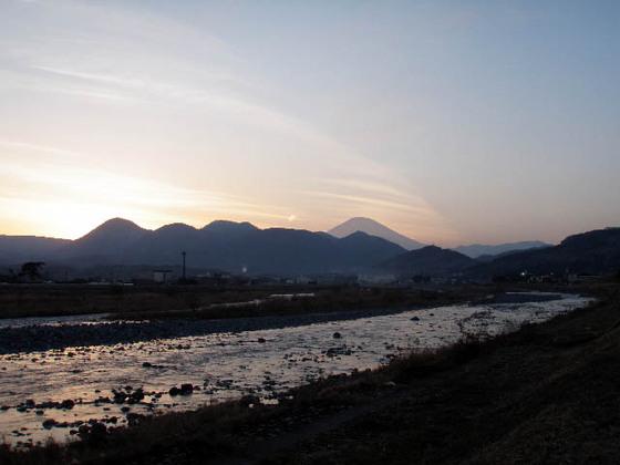 https://blog-001.west.edge.storage-yahoo.jp/res/blog-fe-4e/bazu55555/folder/109946/79/33432479/img_20_m?1518189091