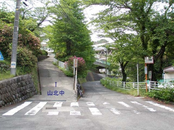 https://blog-001.west.edge.storage-yahoo.jp/res/blog-fe-4e/bazu55555/folder/109946/38/33525338/img_4_m?1525236560