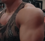 肩と大胸筋上部