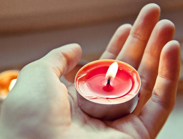 hand-light-warm-flower-petal-finger-740075-pxhere-com.jpg