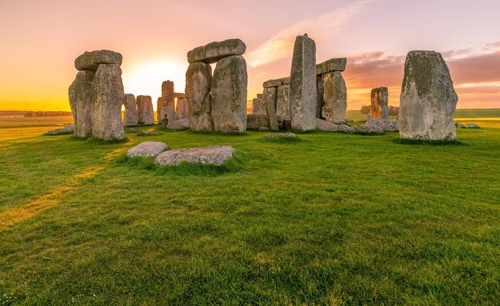 landscape-rock-sky-sunrise-lawn-stone-694425-pxhere-com.jpg