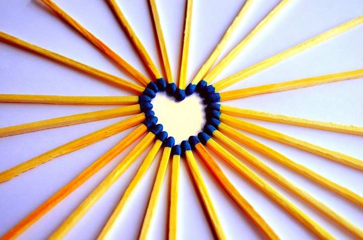 wood-wheel-sunlight-flower-love-heart-1257701-pxhere-com.jpg