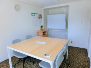アルヴェアーレC会議室