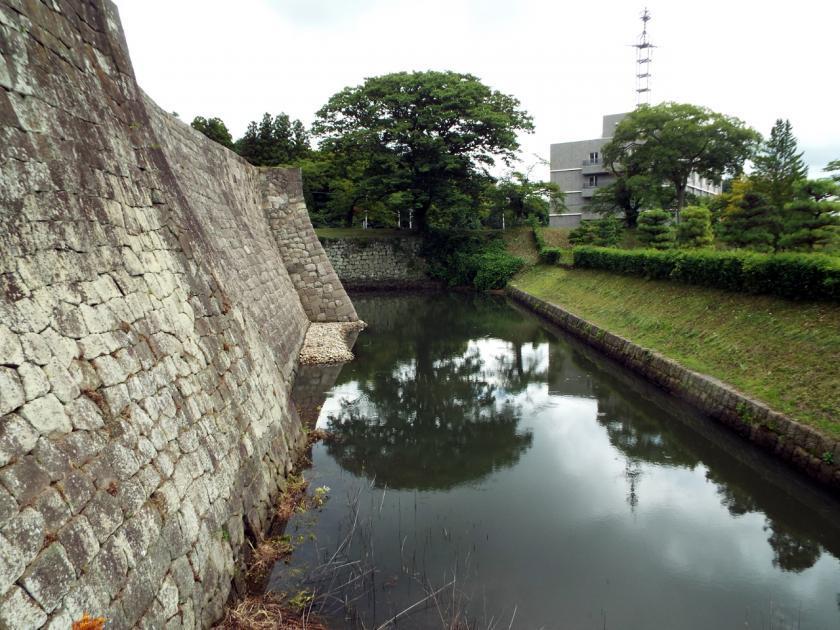 shirakawakomineuchibori.jpg