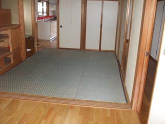 キッチン隣洋室