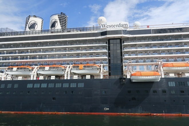 2019横浜港豪華客船来港(H05)