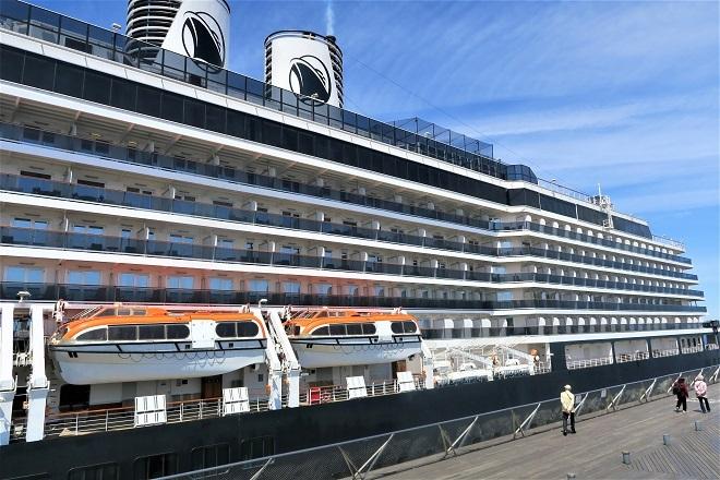 2019横浜港豪華客船来港(H06)