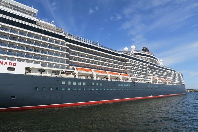 2019横浜港豪華客船来港(UK09)