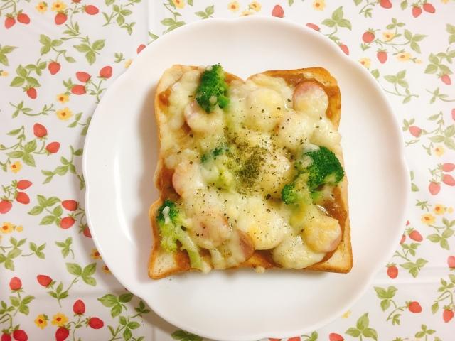 ベネシード チーズカレートースト
