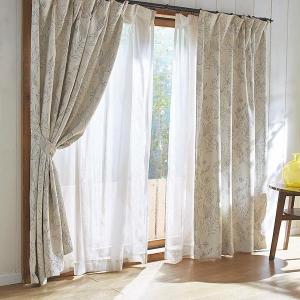 朝のカーテン