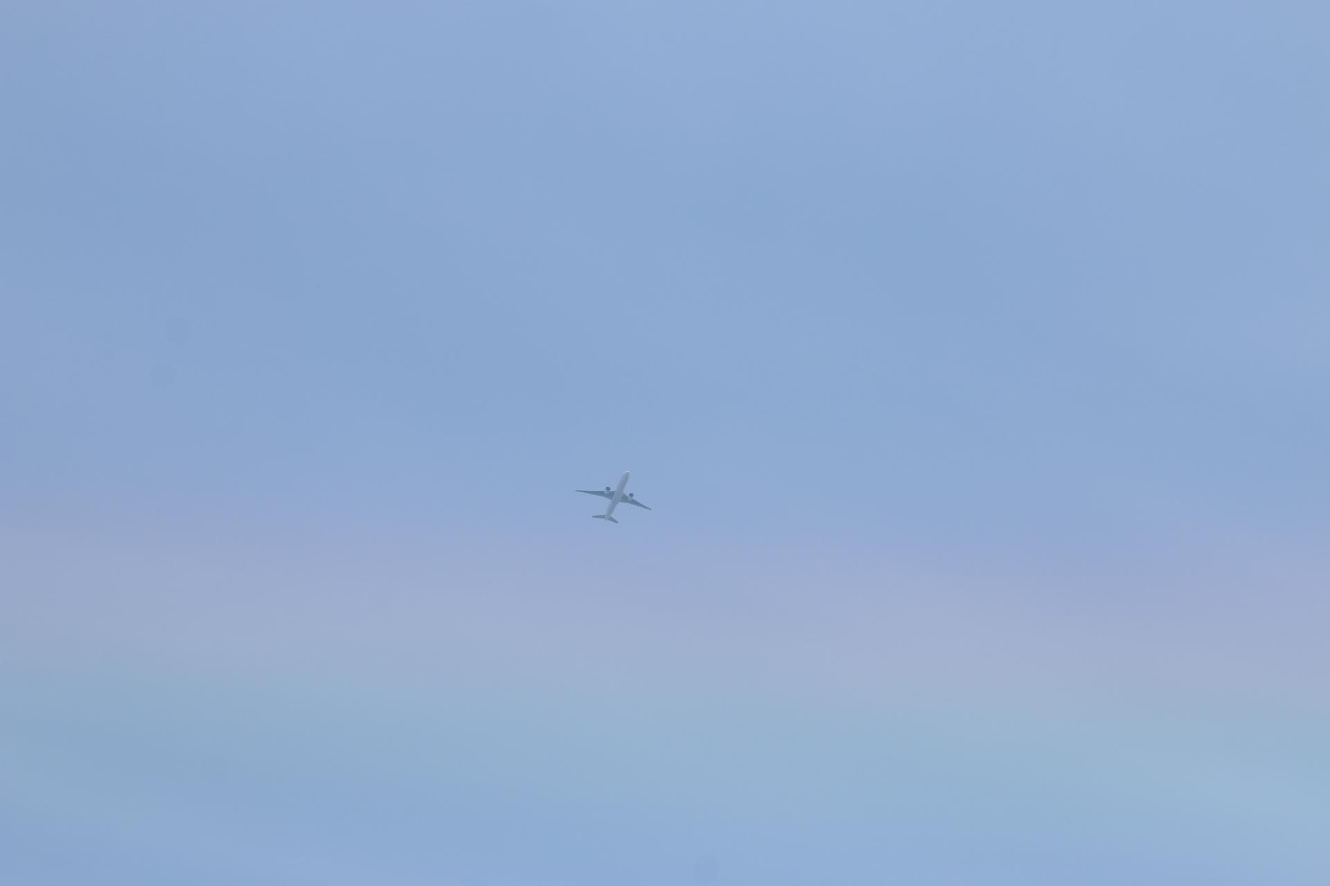 20190505雲と飛行機00000405