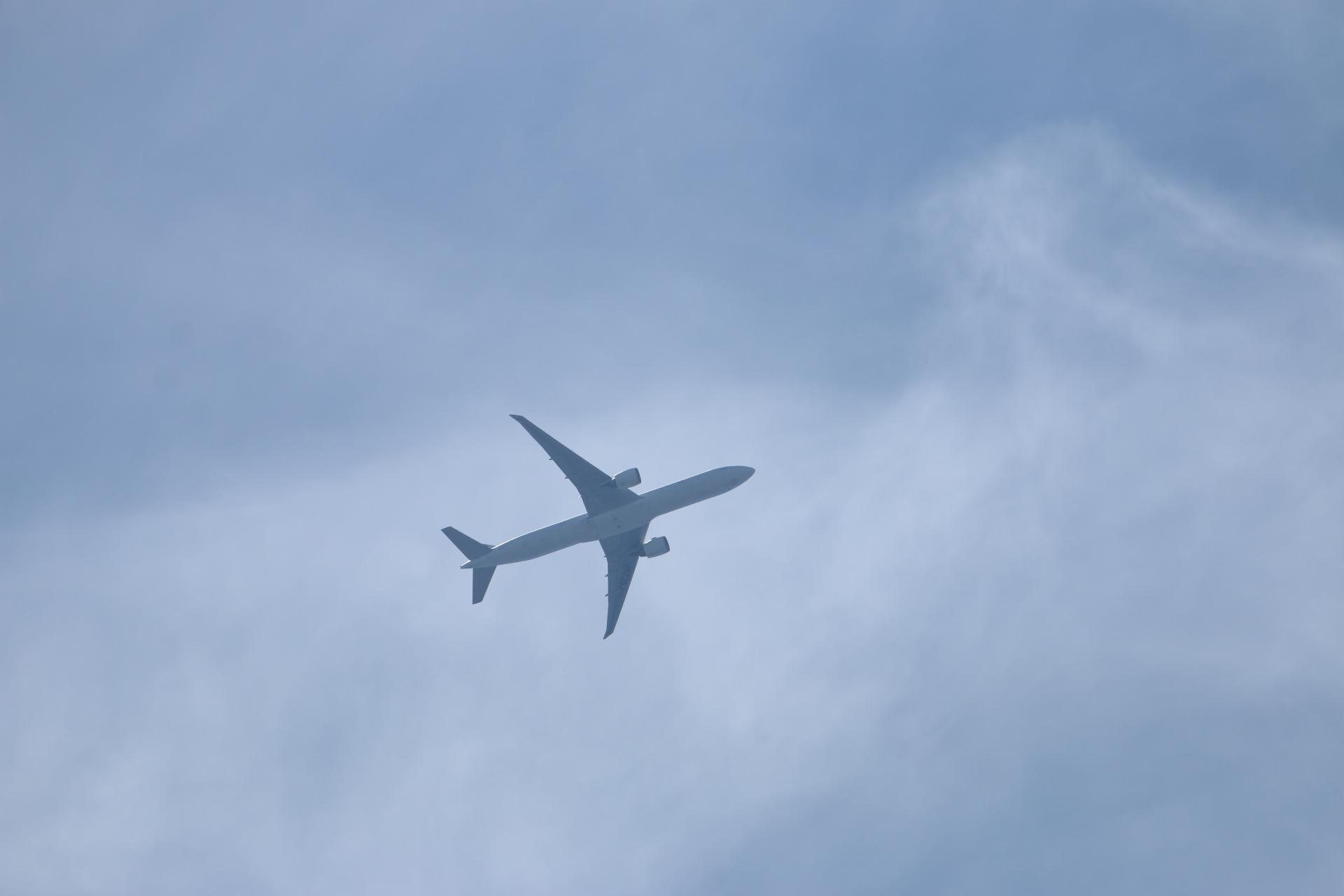 20190505雲と飛行機00000406
