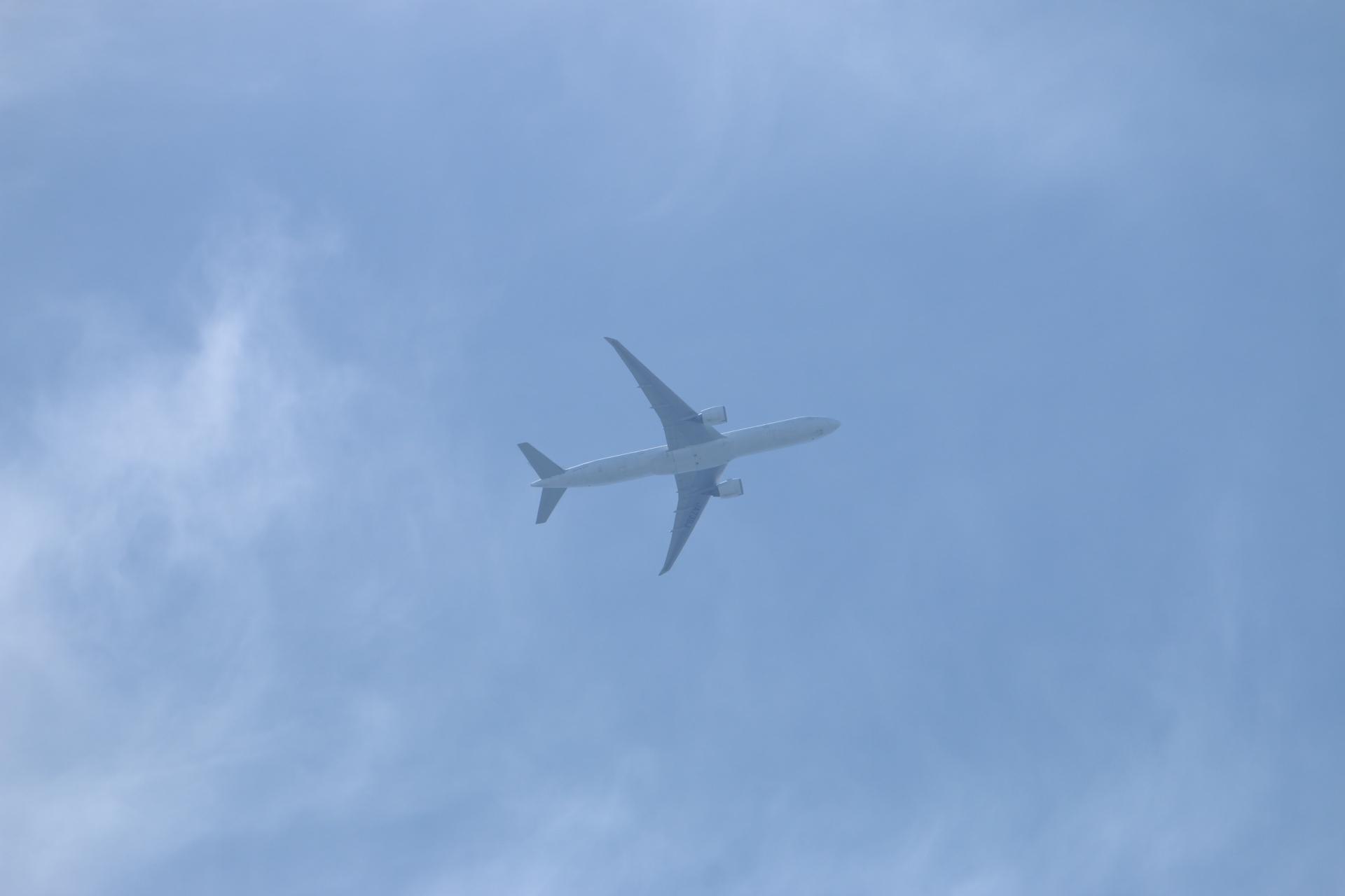 20190505雲と飛行機00000407