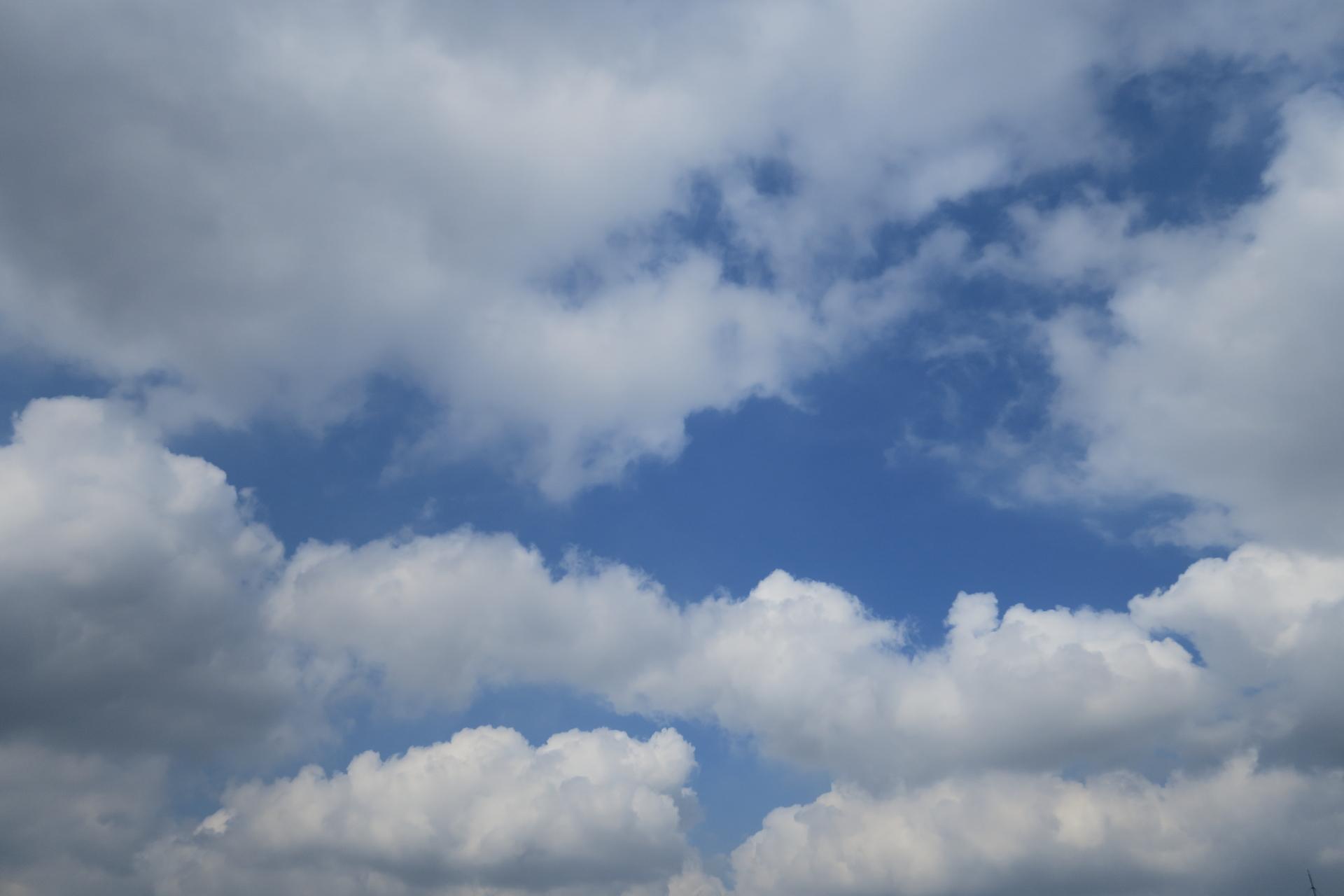 今日の雲20190619