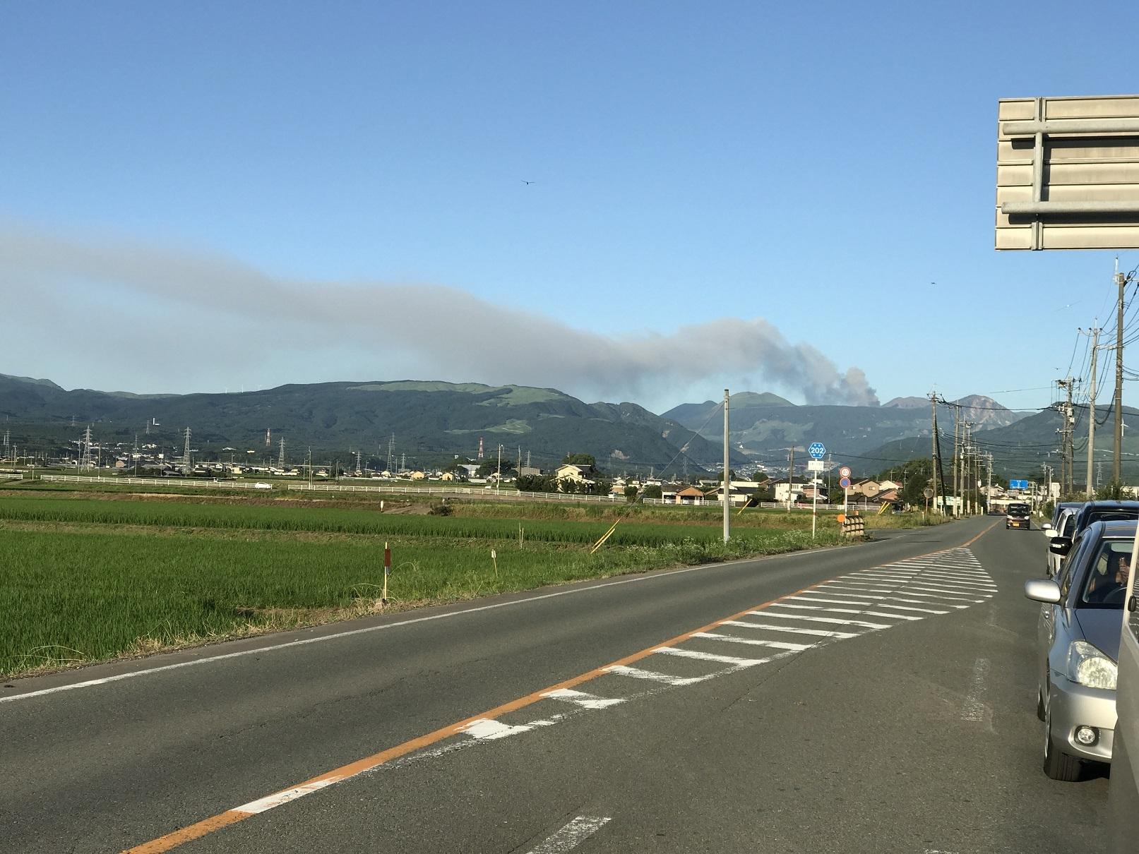 阿蘇山の噴煙 (1)