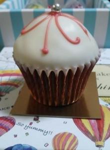 ファクトリーシン カップケーキ