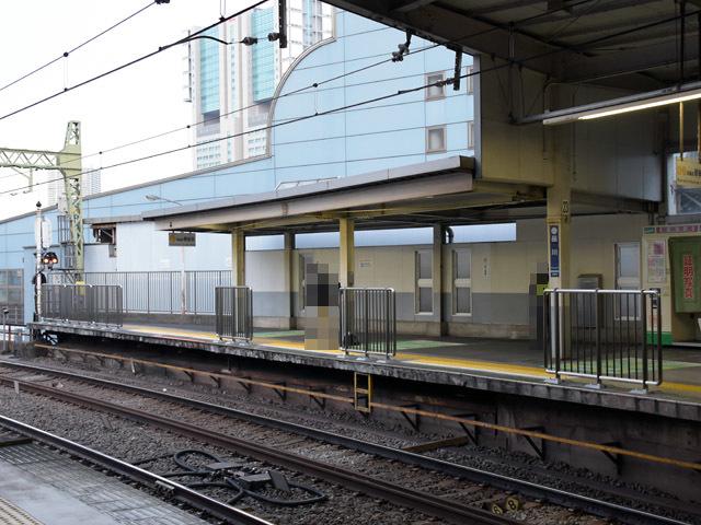 Shinagawa_fence_1_181125.jpg