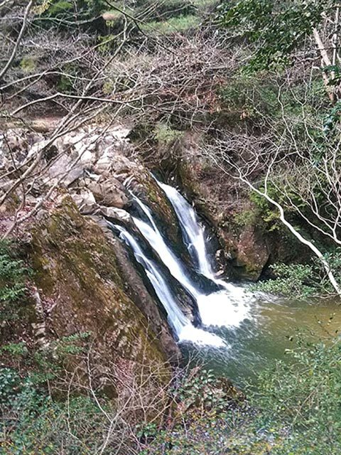三筋の滝02