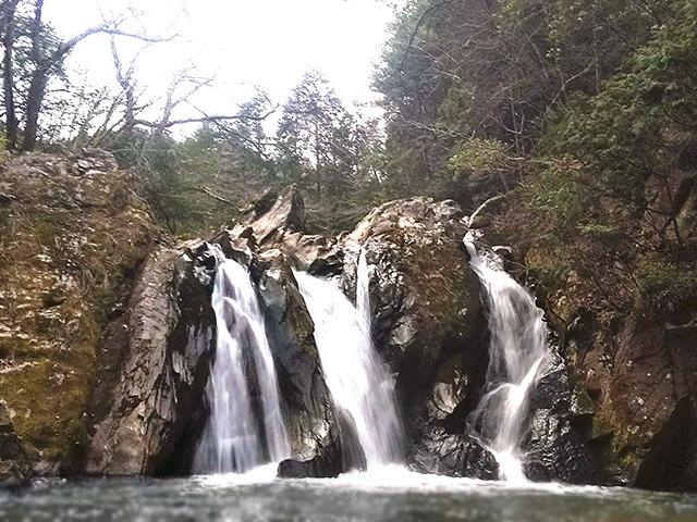 三筋の滝04