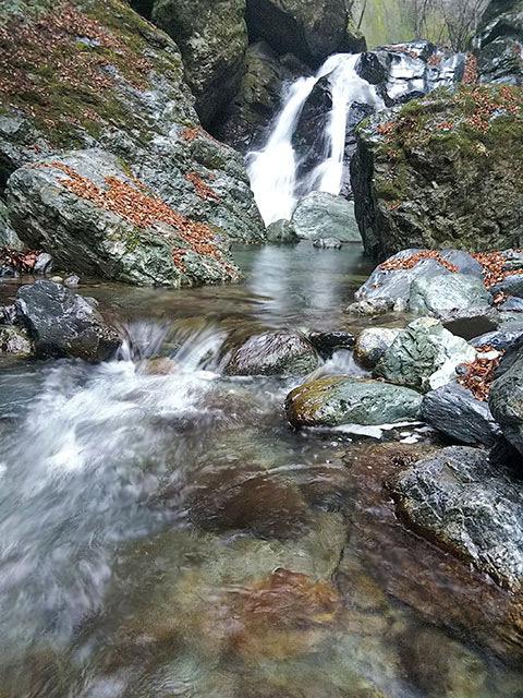 魚止の滝3