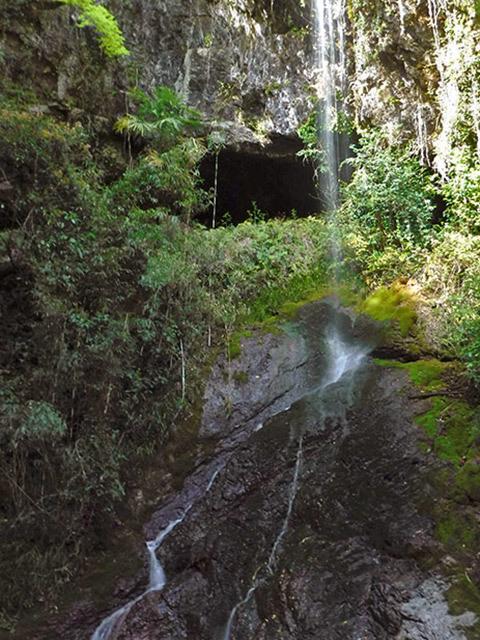 次の滝09