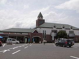 Michinoeki-kirirasakashita.jpg