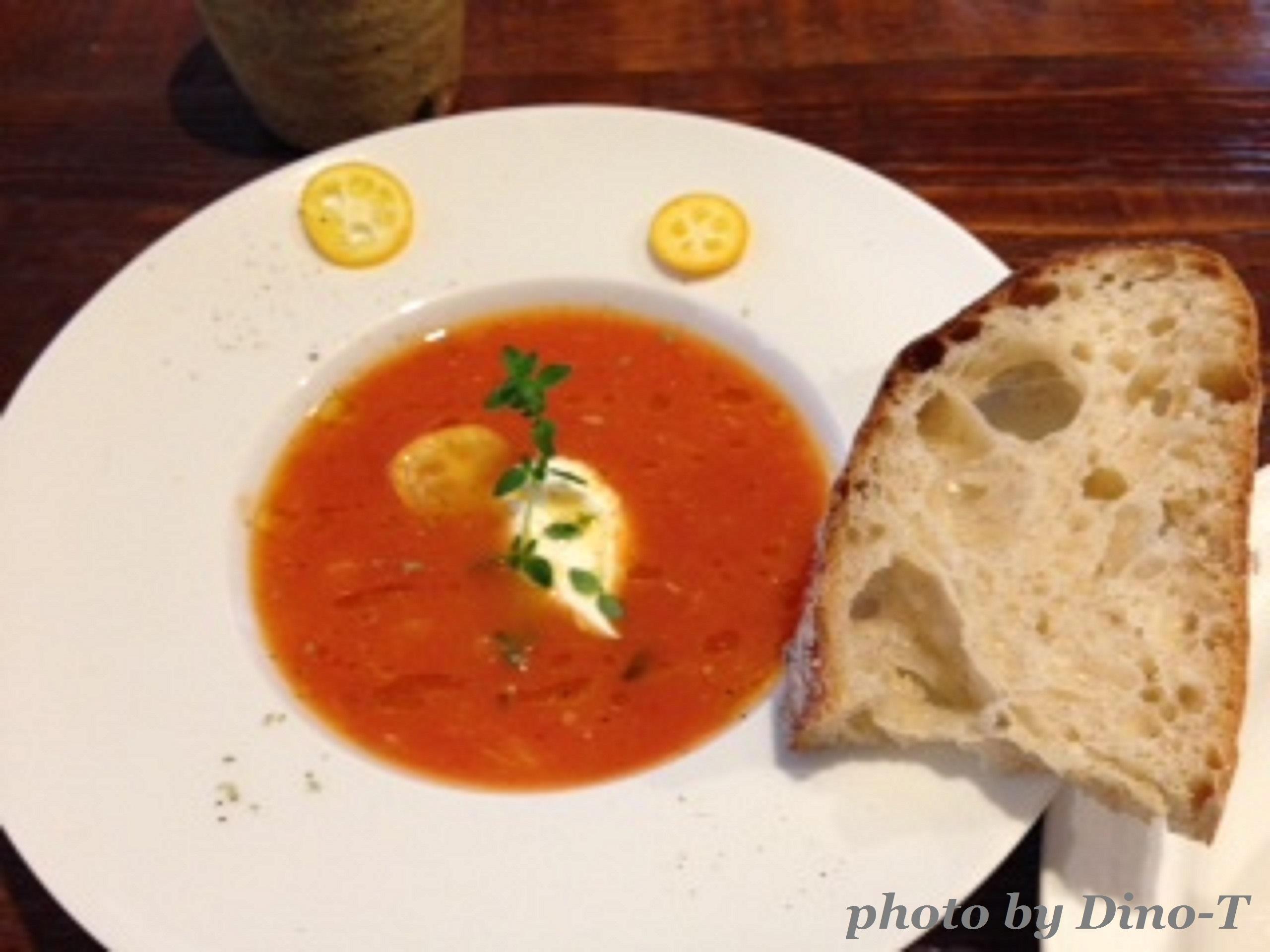 トマトとオレンジの冷たいスープ2
