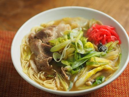 白菜にんにく炒めラーメン015