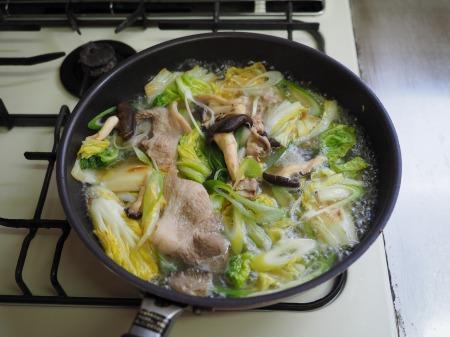 白菜にんにく炒めラーメン025