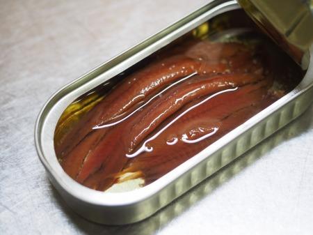 鶏もも肉のアンチョビ焼き024
