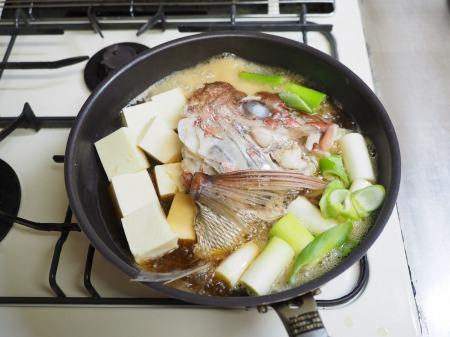 鯛かぶと煮035