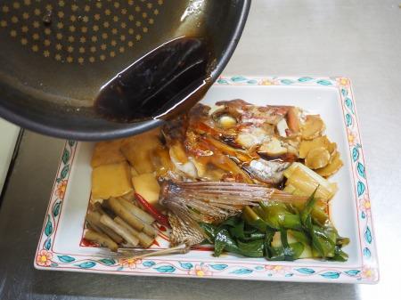 鯛かぶと煮057