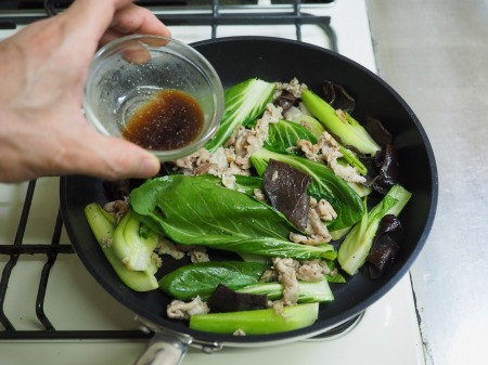豚肉ときくらげの卵炒め木須059