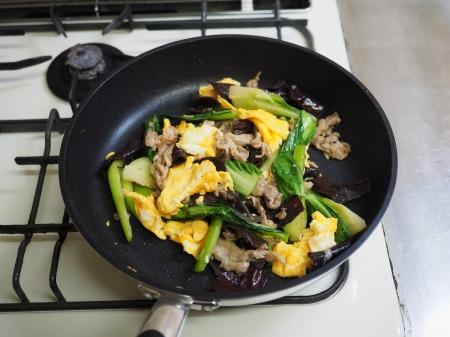 豚肉ときくらげの卵炒め木須064