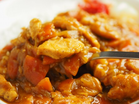 カレー粉で作る鶏むね肉カレ035